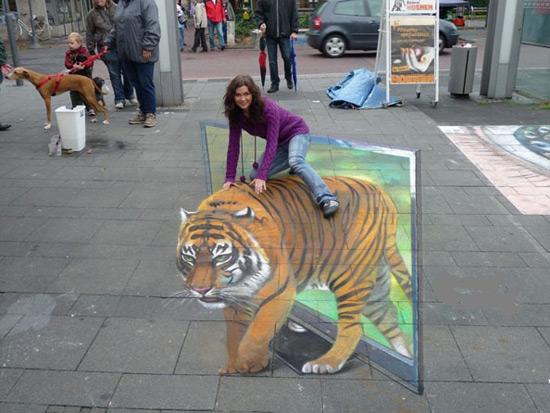 f3e98cfb19ff1abeee8411e0d5d79e55 55+ Amazing 3D Street Art Guerrilla Marketing Examples Guerilla Marketing Example
