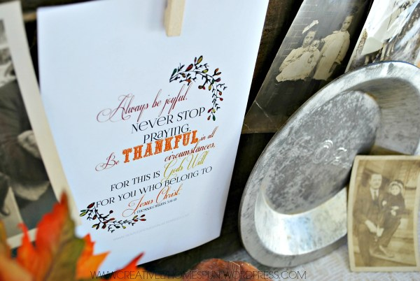 A Thanksgiving Vignette with FREE #Printable : #AVeryVintageHoliday challenge day 1! #vintage #thanksgiving