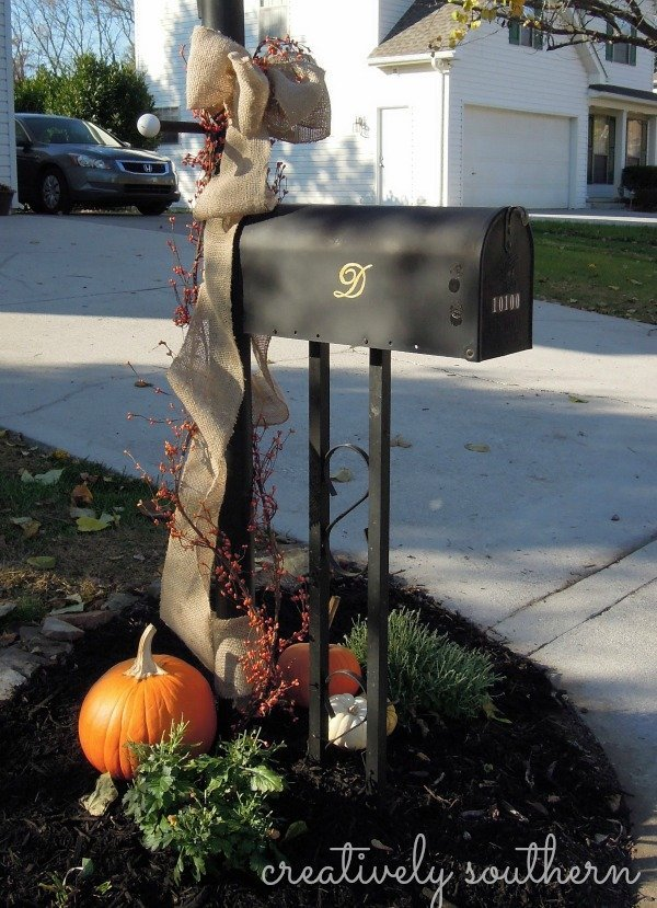 fall mailbox