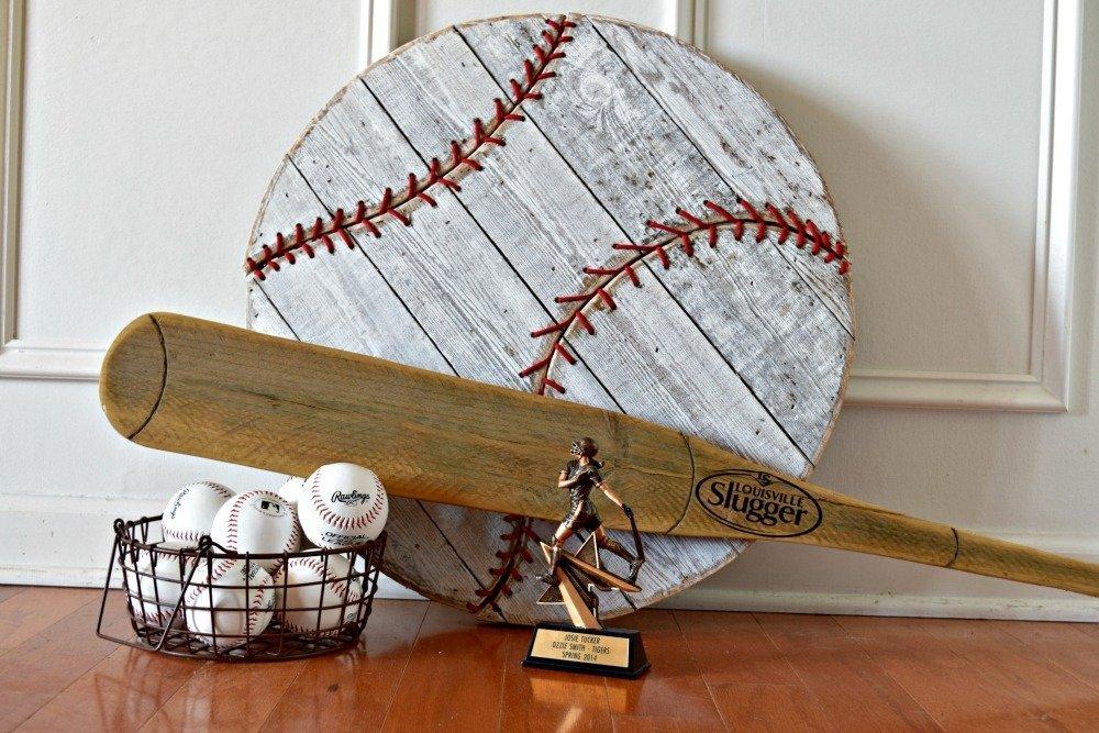 Baseball_decorating