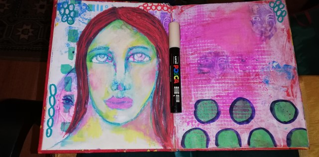 Painting old pages - working with Posca markers - by Cristina Parus @ creativemag.ro