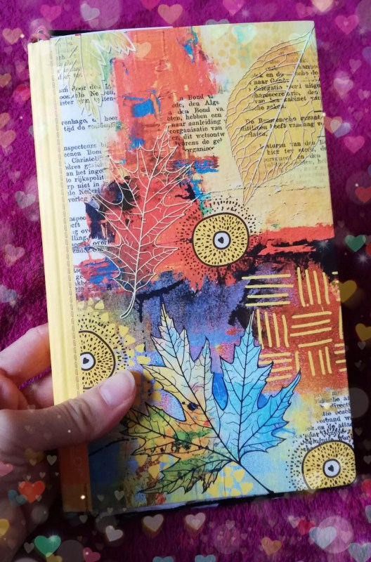 Small art journal by Cristina Parus @ creativemag.ro
