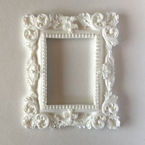 Scrapbooking Dollhouse Picture Frame MF23