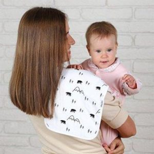 10 Best burp cloths to keep you and baby clean 2018