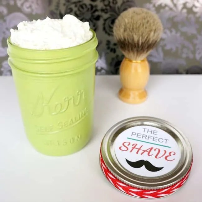 Homemade Christmas Gifts: Perfect Shave in a Jar