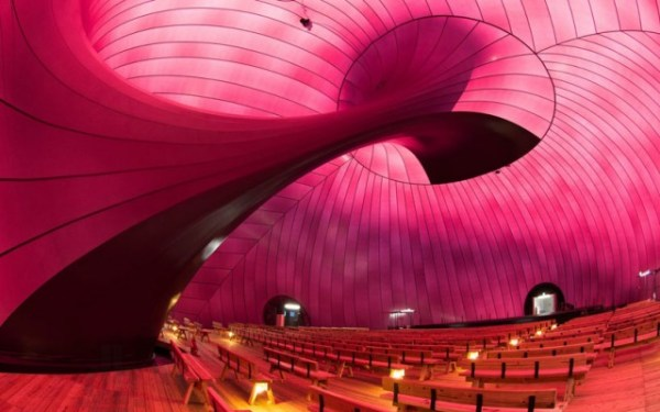 First-Inflatable-Concert-Hall8-640x401