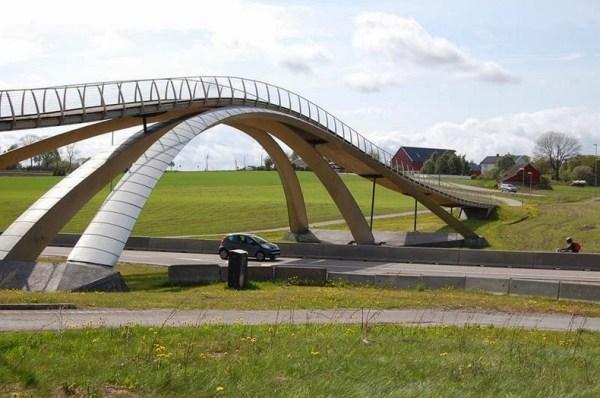 leonardo-bridge-1[2]