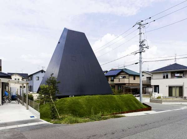 Experimental Japanese buildings 16