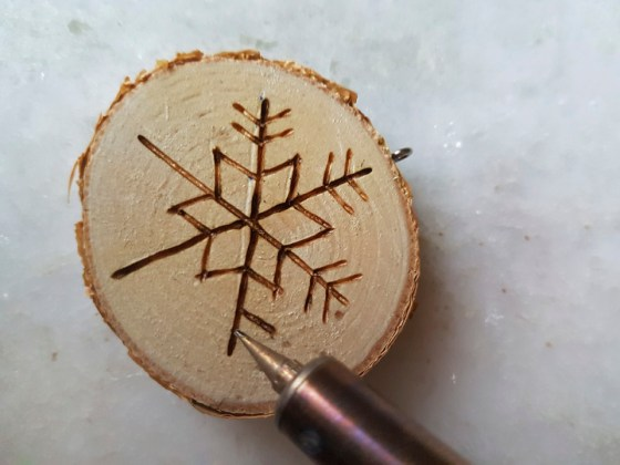 pygrogaphy on wood picture