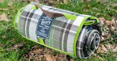 Best Picnic Blankets Reviews
