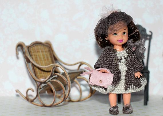 """<img src=""""mattel Kelly doll """" alt=""""miniature dolls"""" />"""