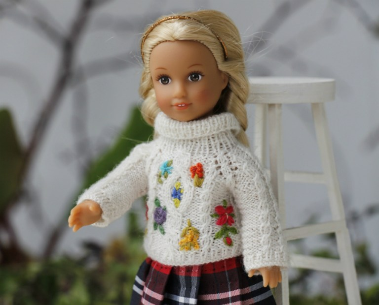 AG mini doll Julia White Sweater