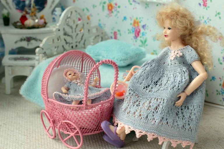 Dollhouse Family look