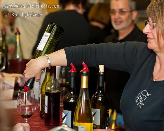 Birdstone Wine Pouring