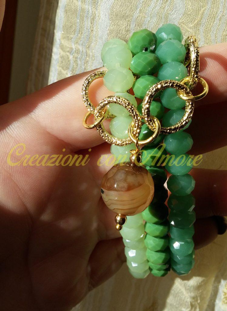 bracciale triplo colore verde con ciondolo di agata marrone