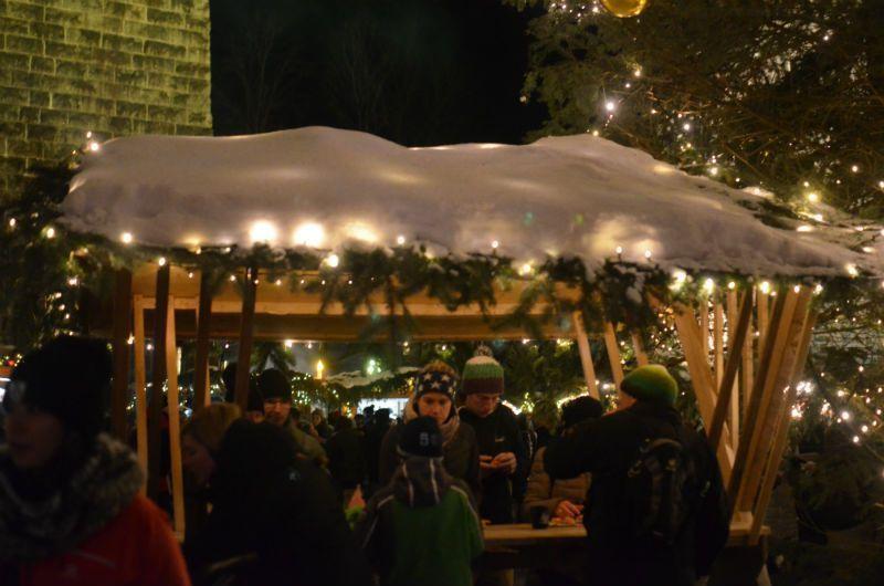 puesto mercado navideño ravenaschlucht