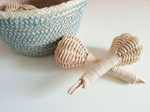 Sonajero artesanal médula junco