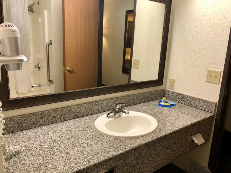 Holiday Inn Express Mount Rushmore Vanity