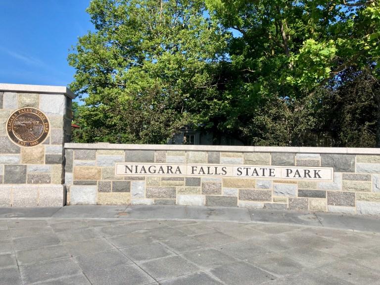 Niagara Falls State Park sign
