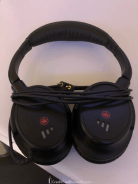 Air Canada Business Class Noise-Canceling Headphones
