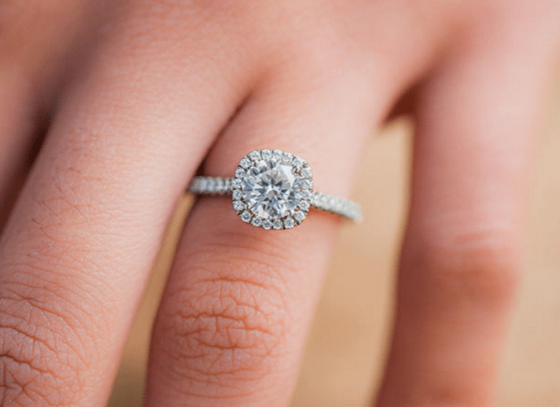 Halo Engagement Rings Cheap And Trendy Whats The Catch