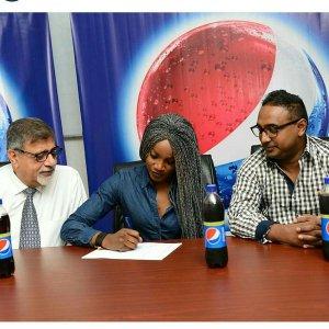 Seyi Shay becomes Pepsi Ambassador,says Things I long Throat For