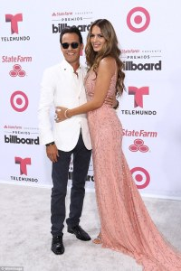 Marc Anthony Seperates from Wife Shannon De Lima just 24 hours after Kissing His Ex Jennifer Lopez at Latin Grammy's