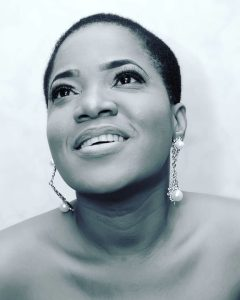 Toyin Aimakhu Sizzles in New  low Cut hair