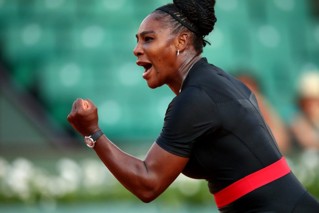 Serena Williams comes back to win Barty 3-6, 6-3, 6-4 at French Open