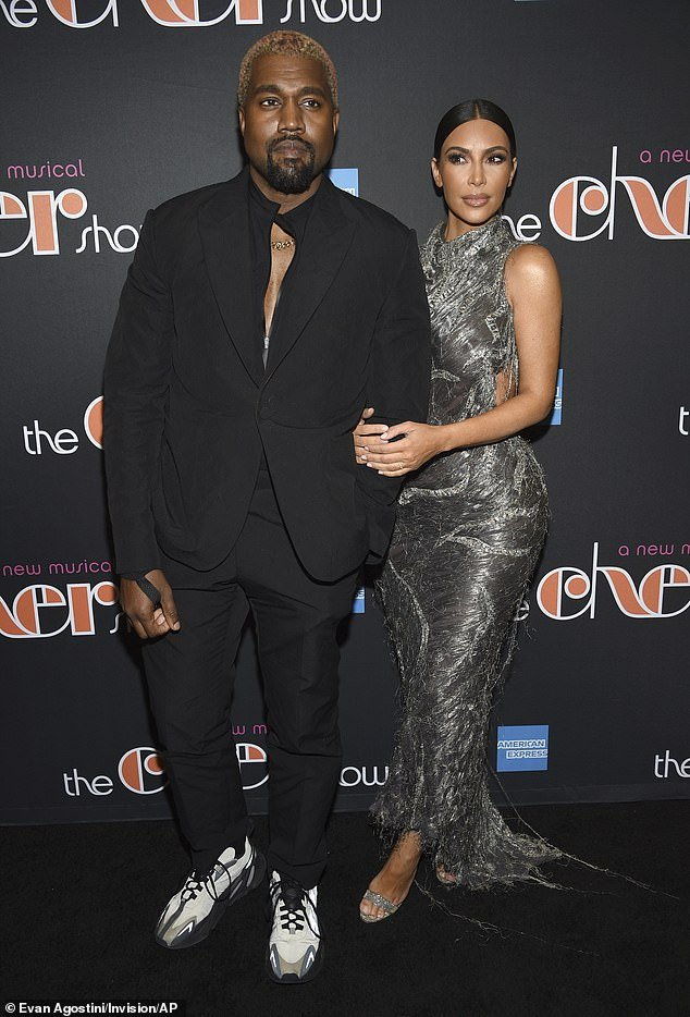 American Rapper Kanye West blasted for using his phone during The Cher show