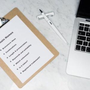 Comment trouver le Nom de Blog Parfait ?