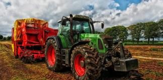 L'agricoltura è un settore importante dell'economia cremonese, in foto un trattore
