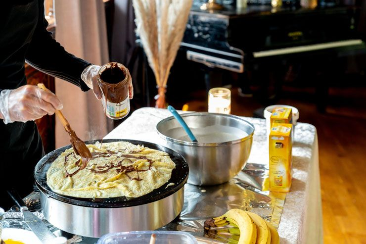 Traditional French crepes recipe