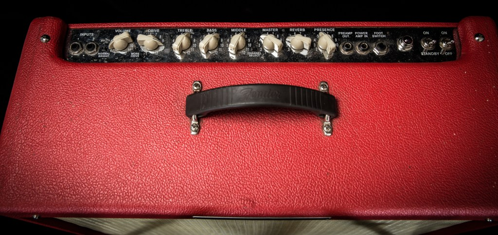 "Fender Hot Rod Deluxe ""Texas Red"" Tube Guitar Combo Am"