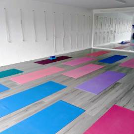 crescent-yoga-studio-3
