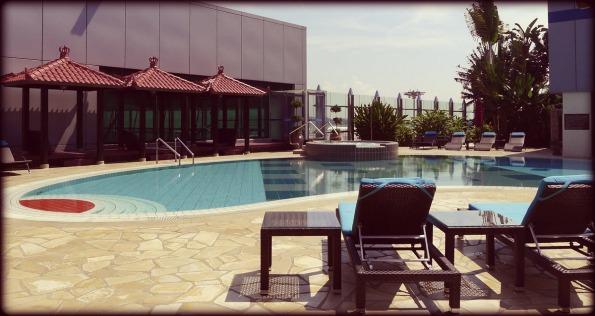 pool-at-singapore-changi-airport