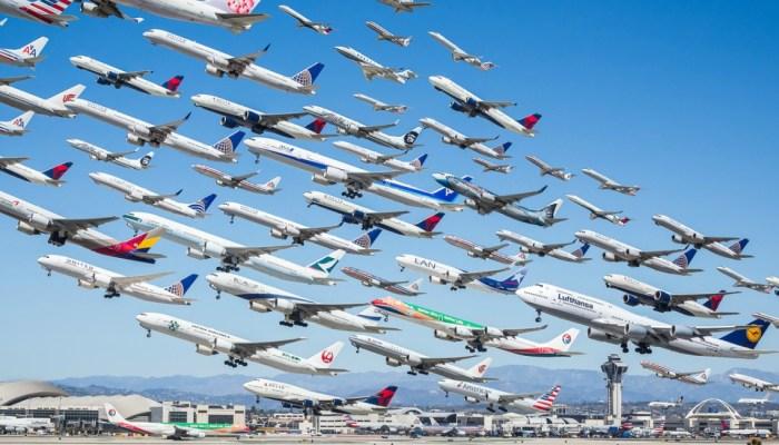 Ταξίδευε 2 χρόνια για να φωτογραφίζει αεροπλάνα
