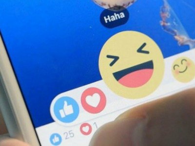 Καταδίκη για emoticon στο Facebook