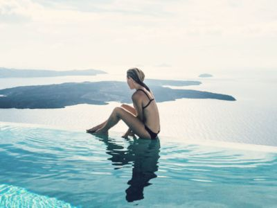 Σαρώνουν τα ελληνικά νησιά