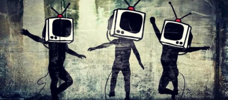 Καμία εμπιστοσύνη από τους Έλληνες στα ΜΜΕ