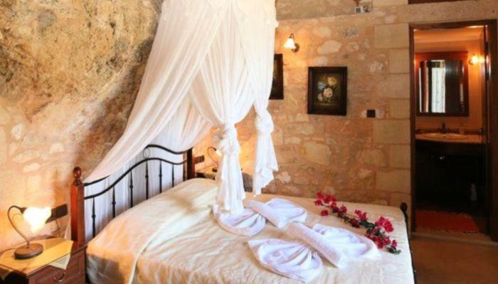 Η Πέτρινη Βίλα της Κρήτης στο top 10 της Airbnb