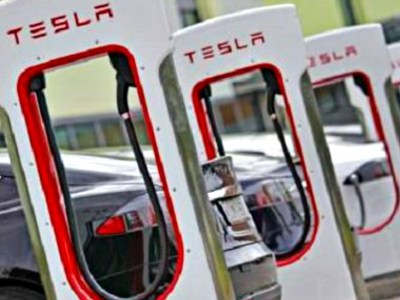 Πονοκέφαλος η Tesla για τις γερμανικές αυτοκινητοβιομηχανίες