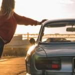Πρωινή γυμναστική μαζί με μια Alfa Romeo GTV