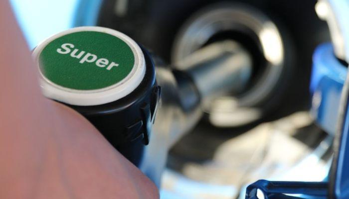 Τρόποι για να βρεις φθηνή βενζίνη