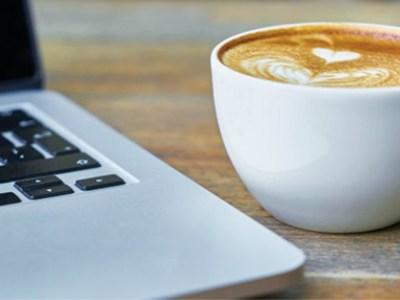 Γλιτώστε το laptop από τον καφέ