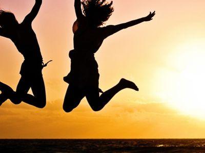 Τι κάνουν – αποφεύγουν οι ευτυχισμένοι άνθρωποι;
