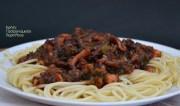 Μακαρόνια με νηστίσιμη σάλτσα από «κιμά» χταποδιού