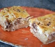Σπαγγέτι με κιμά και σάλτσα γιαουρτιού στο φούρνο