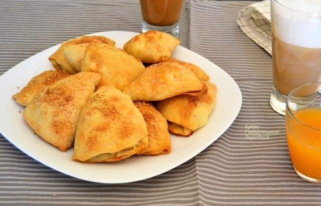 Πίτες φούρνου με εύκολο, αέρινο φύλλο (χωρίς πλάστη) (VIDEO)