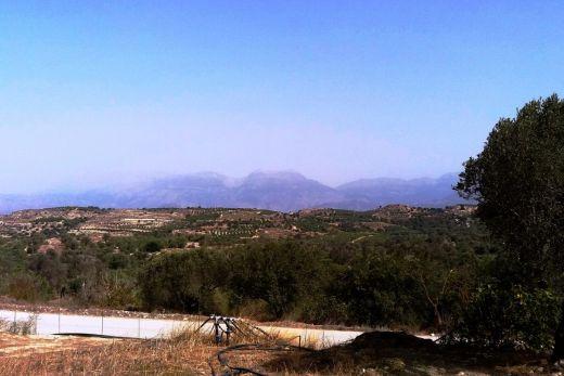 Building plot with Ida mountain view in Kamilari.